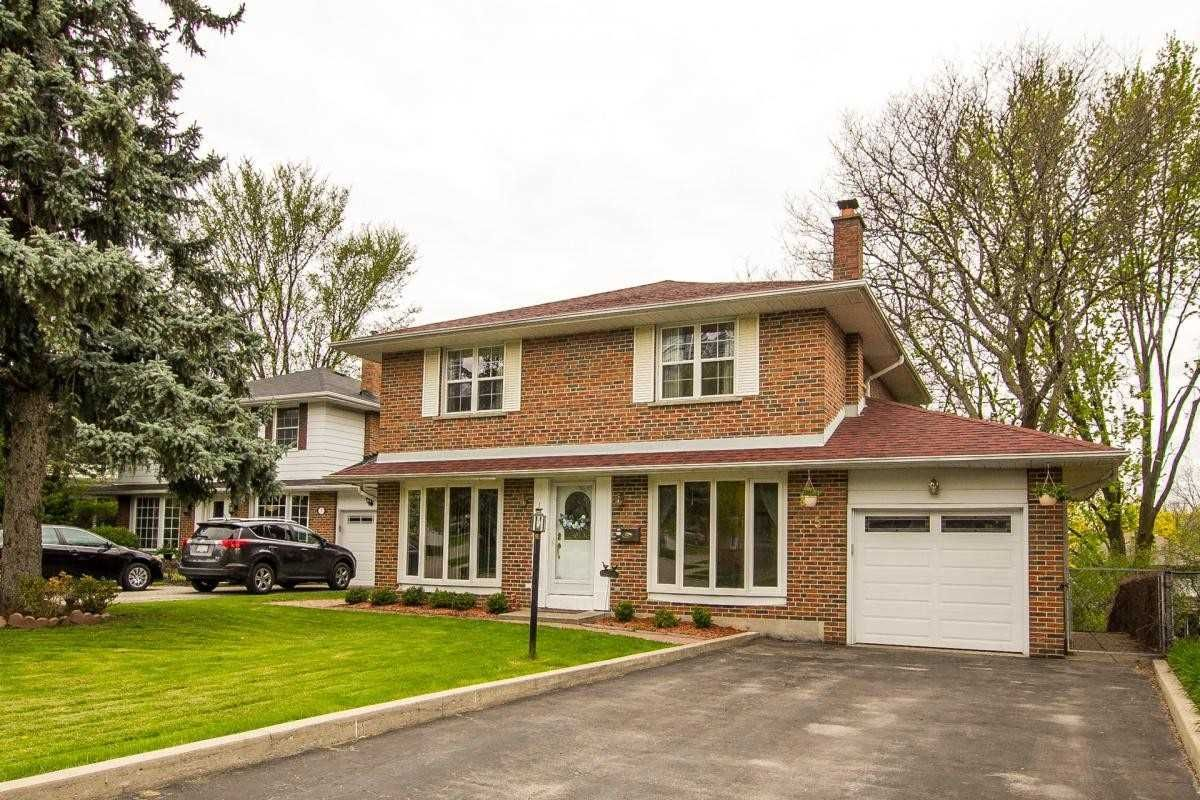 home for sale at 5 Ringwood Crescent