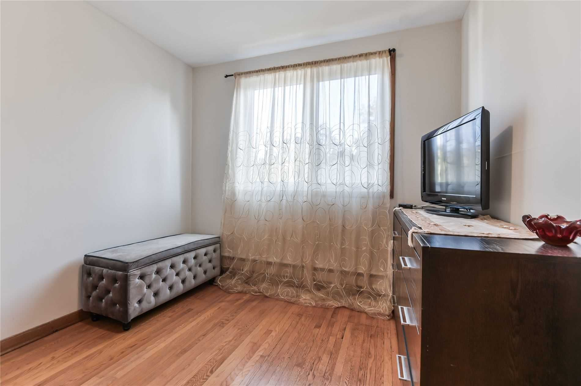 647 Vaughan Road for sale