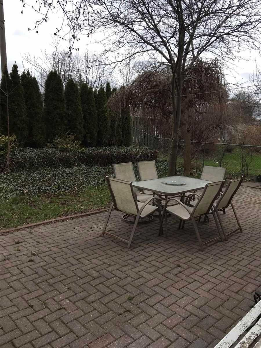 75 Moorehouse Drive for sale