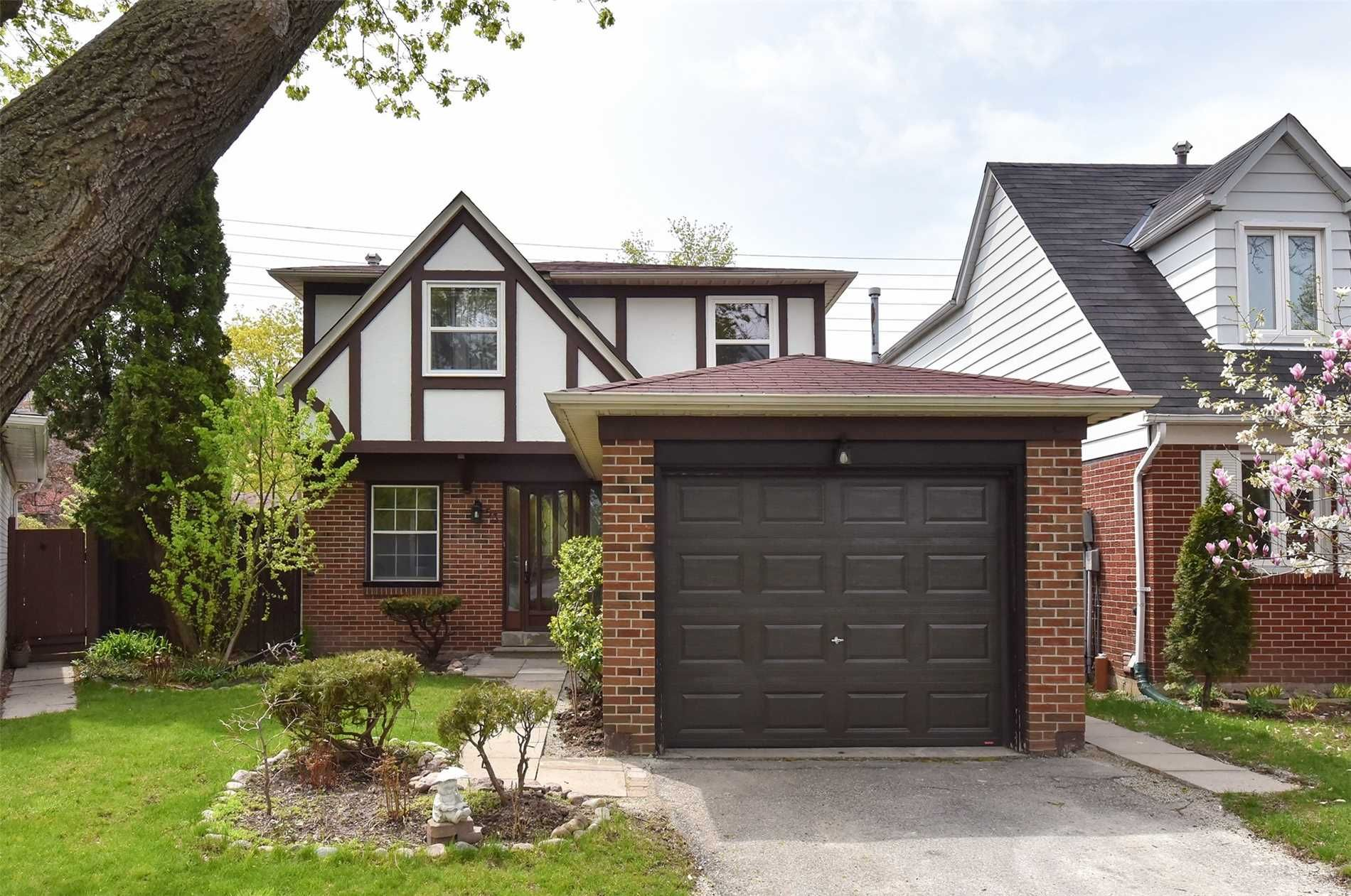 home for sale at 53 Holsworthy Crescent