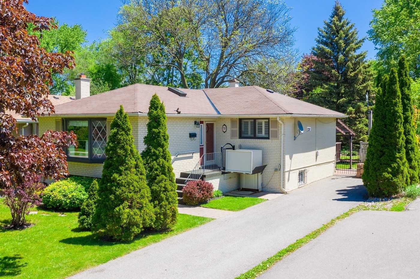 59 Aurora Heights Drive for sale