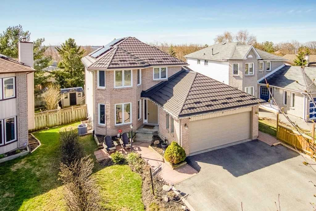 5 Orwell Crescent for sale