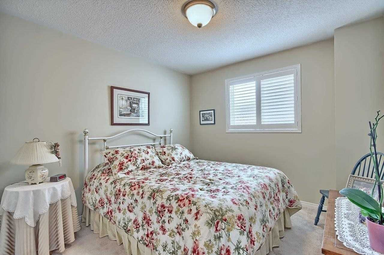 3 Horsfield Drive for sale