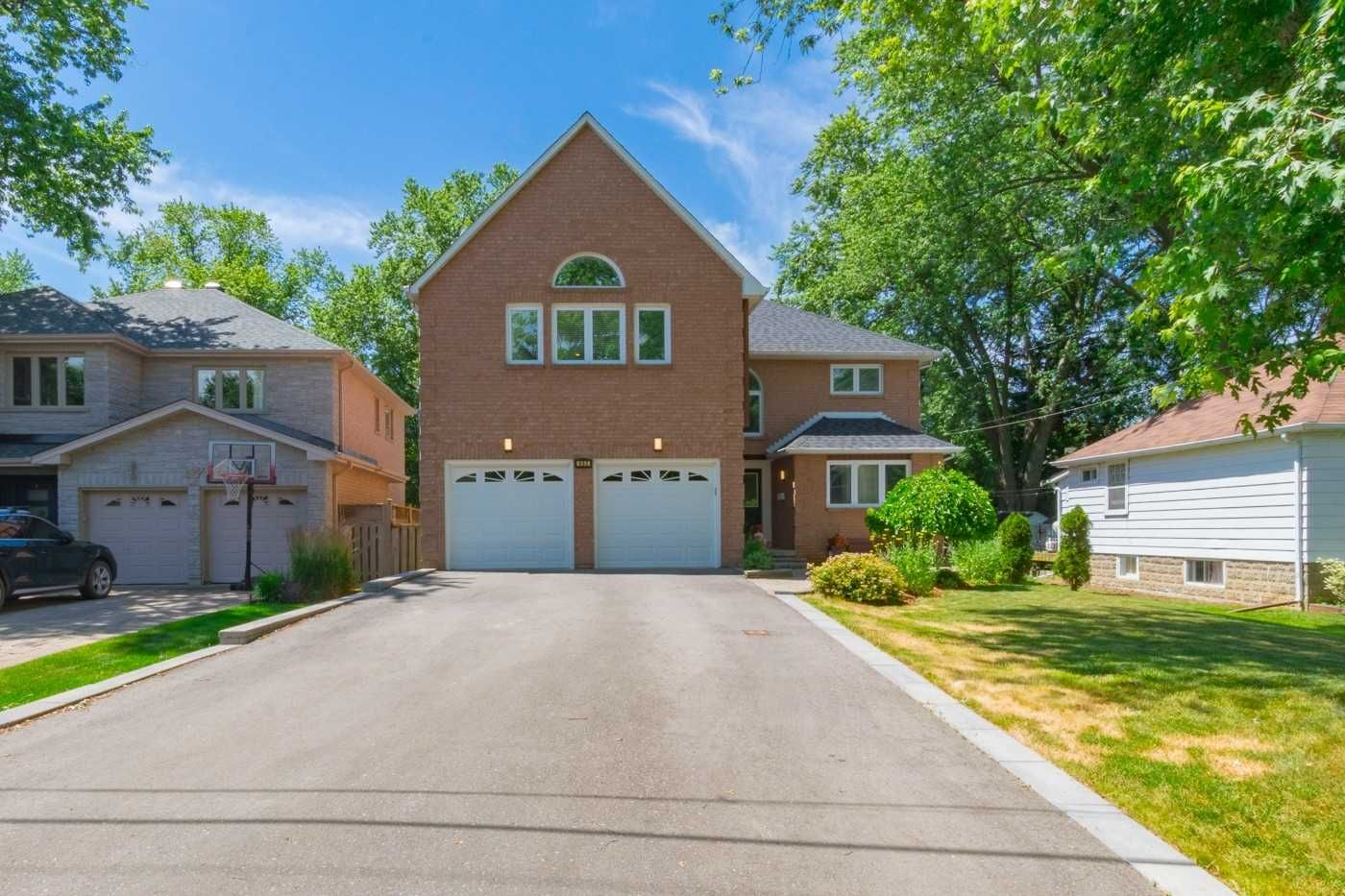 home for sale at 902 Beechwood Avenue