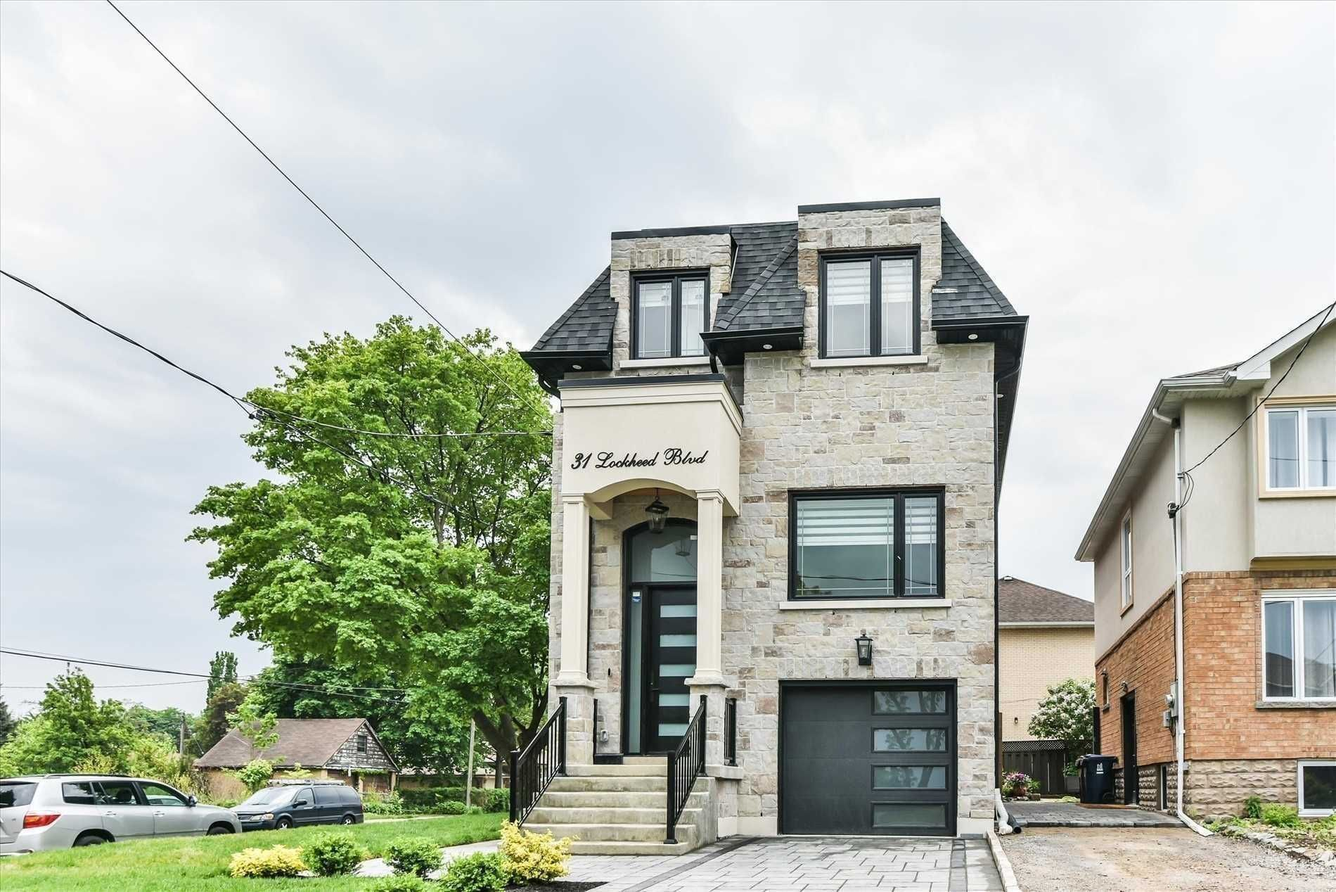 home for sale at 31 Lockheed Boulevard