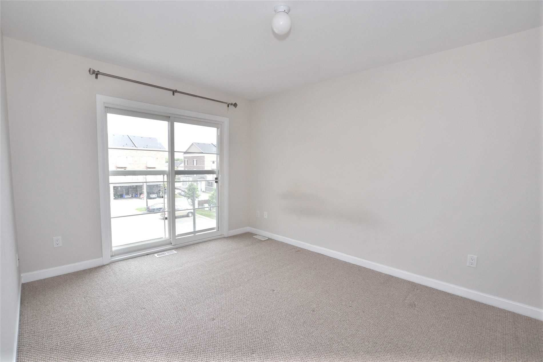 70-165 Hampshire Way for lease