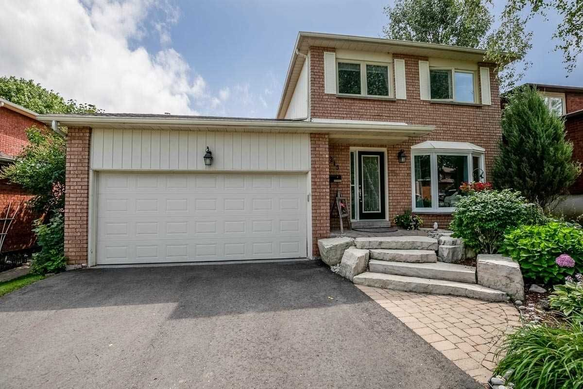 215 Beechfield Crescent for sale