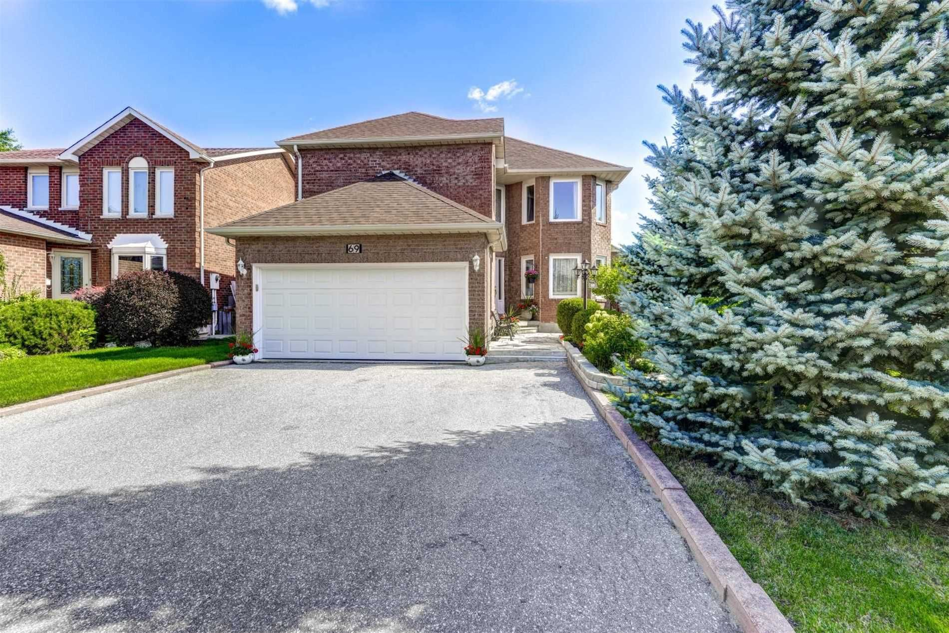 69 Lord Simcoe Drive for sale
