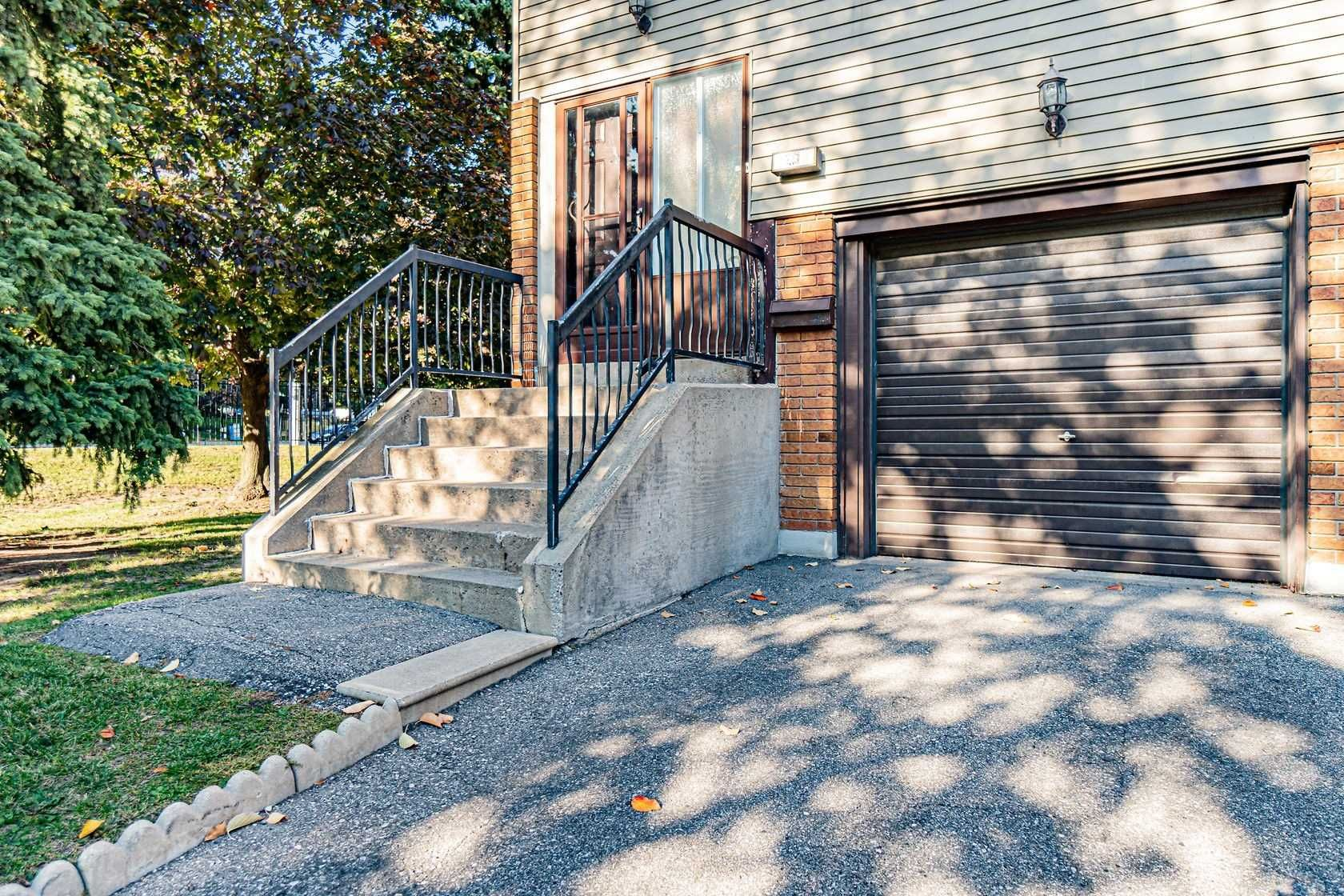 home for sale at 10 Carleton Place