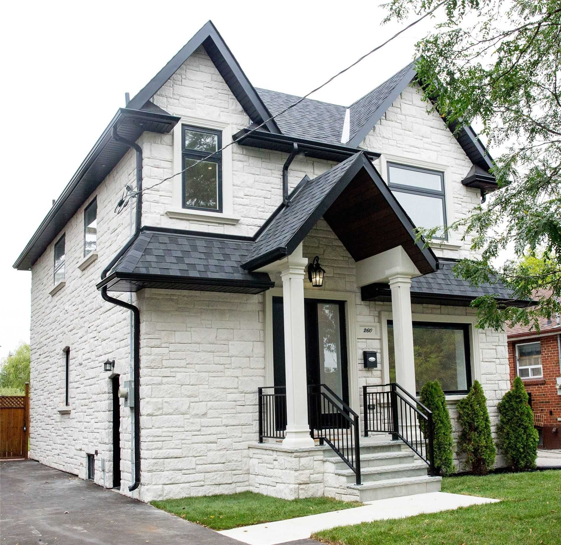 home for sale at 260 Lanor Avenue